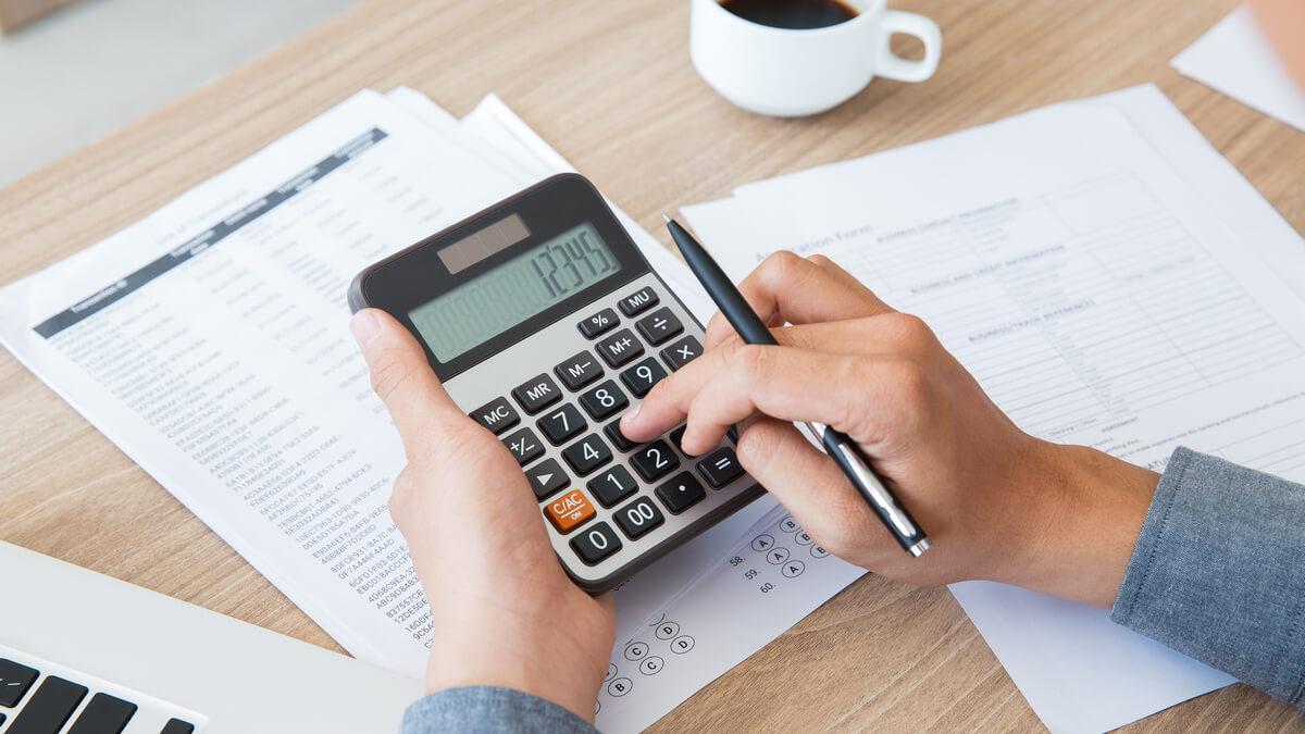 Impuestos con calculadora
